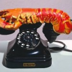 Lobster_telephone-Salvador-Dali-1936