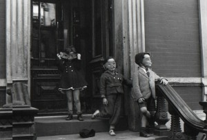 Helen Levitt-New York-1940 © The Estate of Helen Levitt